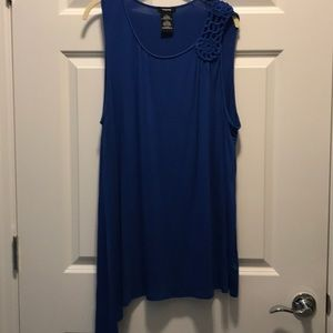 No sleeve tunic. Royal blue with crochet detail